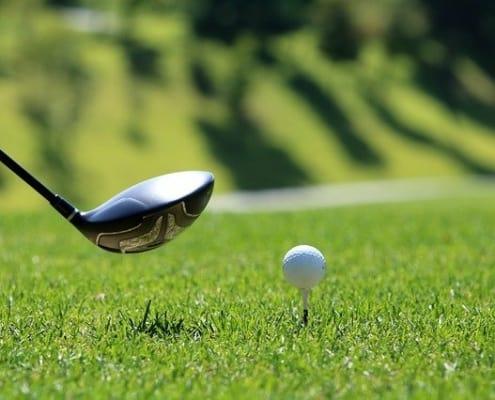 Golfball auf Tee - Austrian Open